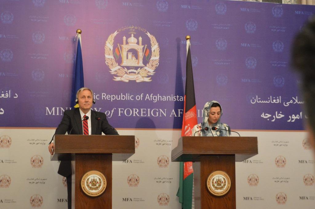 کنفرانس خبری عادله راز و فرانس مایکل میلبن در ختم دومین گفتمان ملی حقوق بشر افغانستان-اتحادیه اروپا