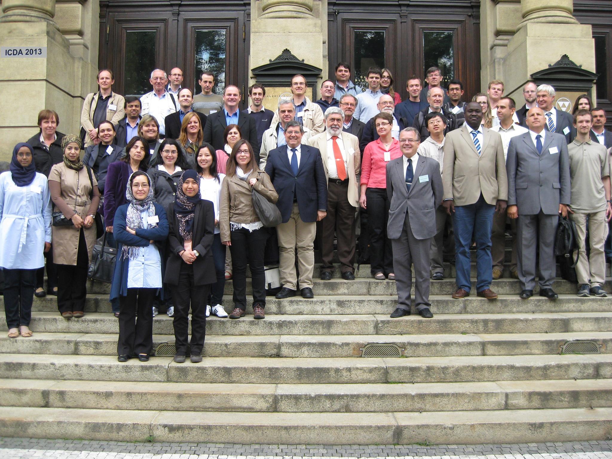 شکردخت در سال ۱۳۸۹ (اکتبر۲۰۱۰ م) تحت بورسیهی سازمان بینالمللی انرژی اتمی برای گذراندن دورهی ماستری در رشتهی مدیکالفیزیک در دانشگاه ساری (University of Surrey)  عازم کشور انگلستان شد