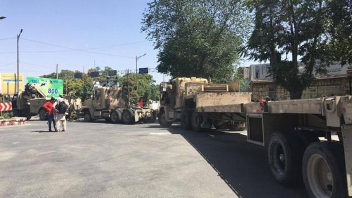 حملهی شبهنگام و مسلحانه نیروهای امنیتی بر معترضان