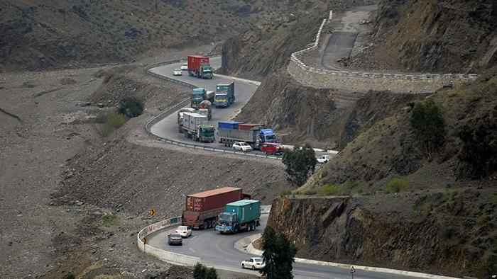 چرا واردات کالا از پاکستان کم شده است؟