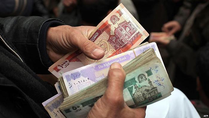 دلیل کاهش حیرتانگیز قیمت افغانی در برابر دالر چیست؟
