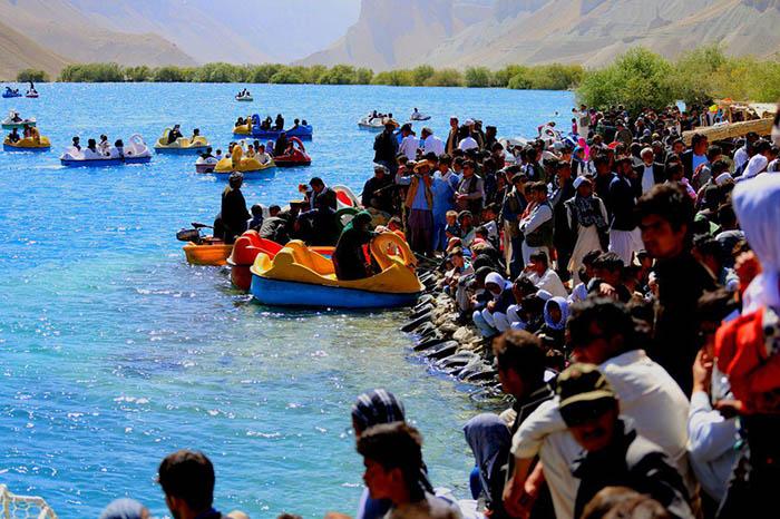 رونق صنعت گردشگری و افزایش خطر تخریب محیط زیست در بامیان
