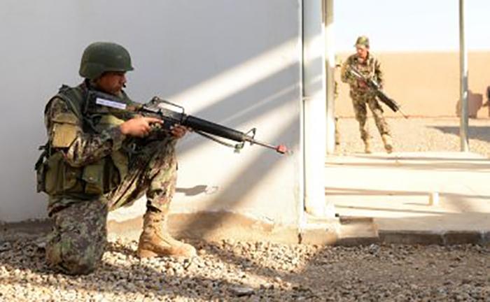چگونه امریکا ناخواسته طالبان را مسلح میکند؟