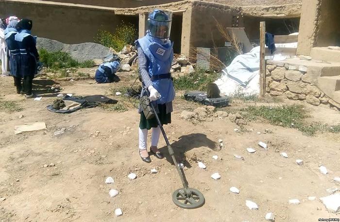اولین تیم ماین پاکی زنان در افغانستان ایجاد شد