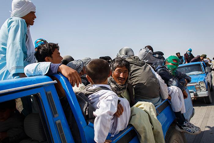 چرا برگشت خودخواستهی مهاجران افغانستانی از ایران افزایش یافته است؟