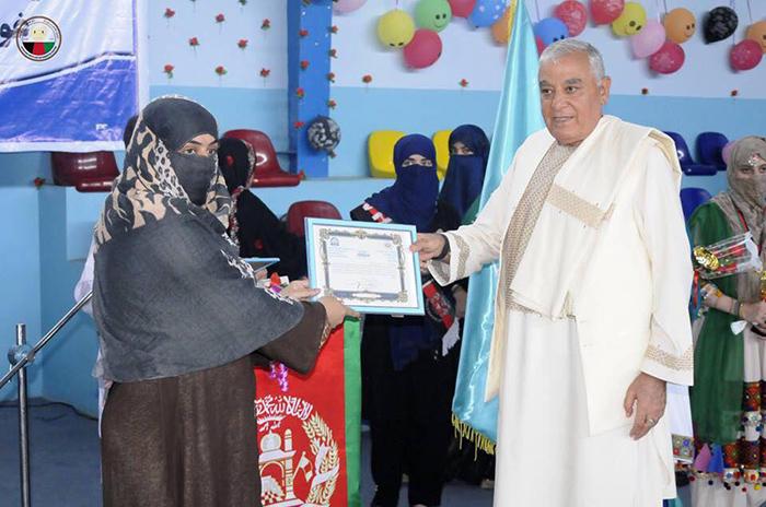 جشن دانایی؛ 100 دختر در قندهار فراغت شان را از مکتب تجلیل کردند
