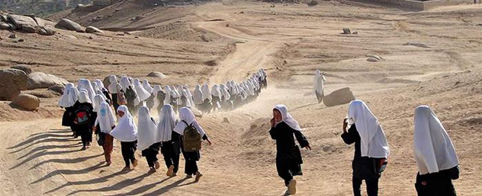 400 دانشآموز در اعتراض به اختطاف یک معلم زن از رفتن به مکتب خودداری کردند