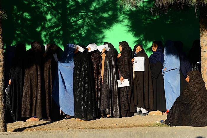 دموکراسی مرد قدرتمند افغانستان؛ میراث سیاسی جنرال رازق