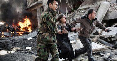 سربریدنها، بمبهای کنارجادهیی و حملات هوایی؛ یک روز در افغانستان