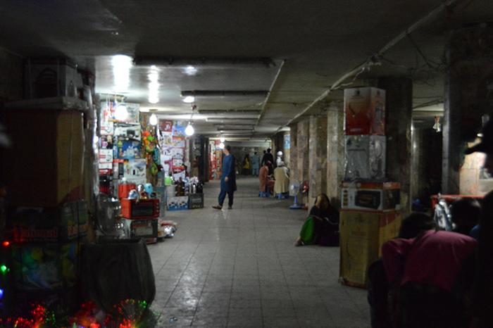 میراث چپیها در دهافغانان کابل؛ از سنگر جنگ تا بازارچهی ظروف روسی