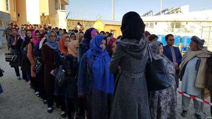 حضور پررنگ زنان در انتخابات در ولایت بامیان