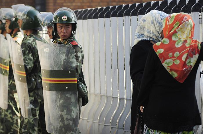 برای آنها افغانستان امنتر از چین است