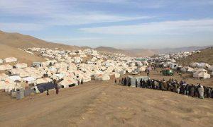 آوارگان خشکسالی بادغیس؛ 25 هزار نفر زیر چادر زندگی میکنند