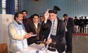 طرح تعدیل قانون انتخابات؛ اصلاحات ضروری یا زمینهسازی برای پیروزی اشرف غنی؟