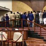 چکشکشی پارلمانی؛ معجزهی تقلب و پول