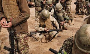 «نفوذ» به «پایگاه شوراب»؛ چگونه طالبان به بزرگترین کمپ نظامی افغانستان حمله کردند؟