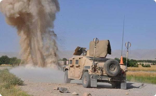 در انفجاری در یک کارخانهی ماینسازی طالبان در قندهار ۱۰ ماینساز کشته شدند
