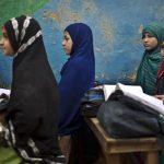 محرومیت جبرانناپذیر دختران هلمندی؛ «کمتر دختری از مکتب فارغ میشود»