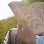 حقیقت در رمان چیست؛ چرا باید قصه بخوانیم؟