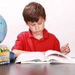 آیا با تشویق پولی کودکان کتابخوان میشوند؟