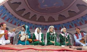از مخالفت تا مقاطعه؛ چرا جشنوارهی دمبورهی بامیان حساسیتبرانگیز شده است؟