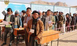 سقوط مشارکت در انتخابات؛ آیا حکومت بعدی با چالش عدم مشروعیت روبهروست؟