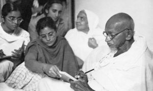 مانو گاندی؛ دختری که سالهای دشوار گاندی را ثبت کرد