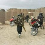 در حملهی طالبان بر پاسگاههای قندوز ۱۷ سرباز پولیس کشته شدند