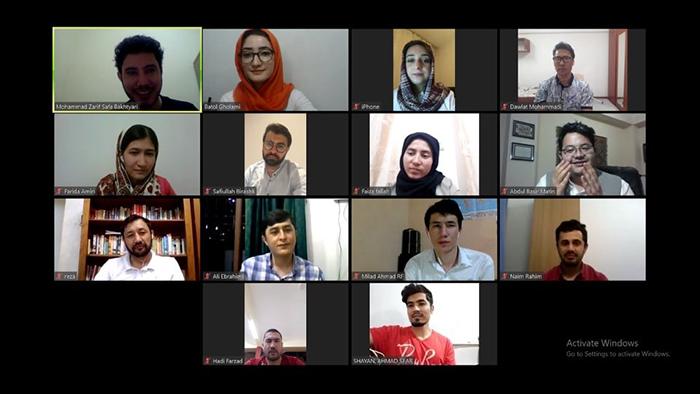 «برخطِ 2020»؛ چگونه فشار روحی قرنطین یک گروه دانشجویی آنلاین ساخت؟