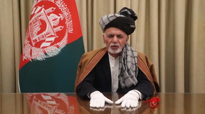 واکنش طالبان به سخنان اشرف غنی: میخواهی «حاکمیت خود را زیر چتر جنگ دوام» بدهی