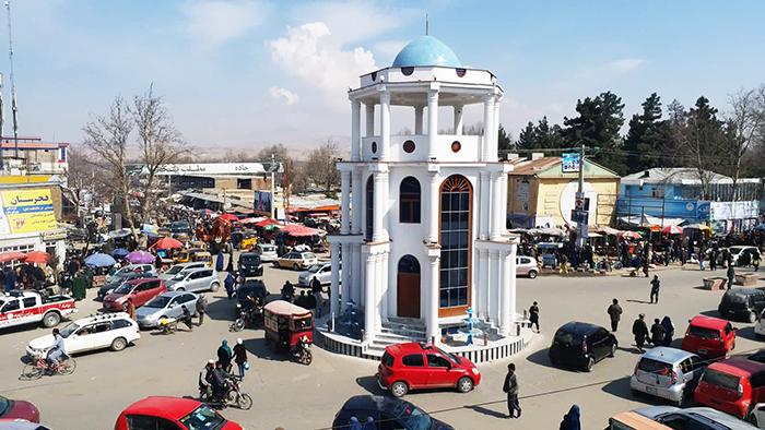 طالبان سرپرست ولسوالی «اشکمش» تخار را ربودند