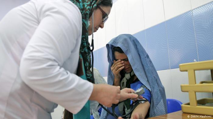 با شیوع کرونا در افغانستان میزان مراجعه زنان باردار به شفاخانهها بهصورت قابل ملاحظهای کاهش و میزان ناهنجاریهای ولادی افزایش یافته است