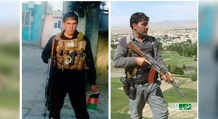 غازیخان (سمت چپ) دارای رتبهی لومړی سارنی و محمد رازق (سمت راست پرچم در دست) سرباز ساده بود.