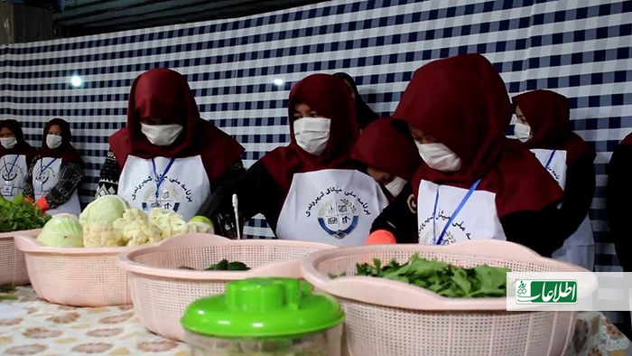 مسئولان محلی ولایتهای فراه و بادغیس به روزنامه اطلاعات روز میگویند که در زمان شیوع کرونا و افزایش ناامنیها، بیشتر زنان از تجارت دست کشیدهاند.