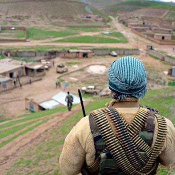 300 سرباز ارتش در محاصره طالبان؛ در بالامرغاب بادغیس چه میگذرد؟