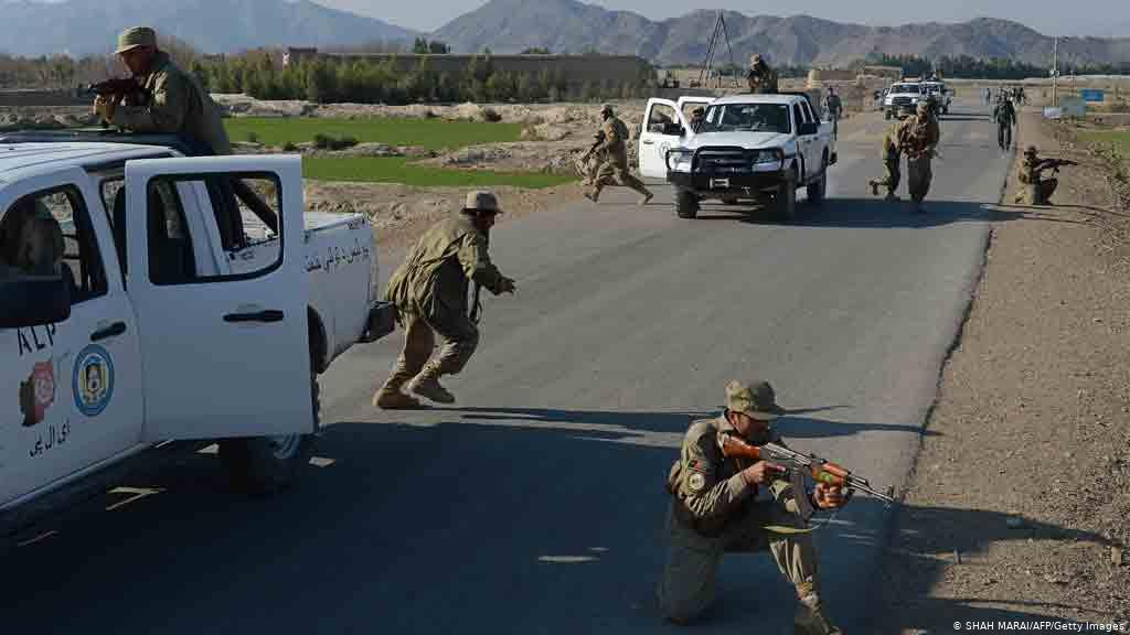 هشت نیروی دولتی در حملات طالبان و «لشکر اسلام» در ننگرهار کشته شدند