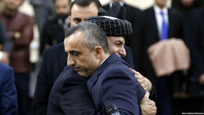 رهبران ارشد حکومت از جمله اشرف غنی و امرالله صالح، بارها و به صراحت، حفظ نظام، انتخابات، مردمسالاری، دستاوردهای جدید افغانستان و اعلام آتشبس را بهعنوان خطوط سرخ جمهوری اسلامی افغانستان اعلام کردند.