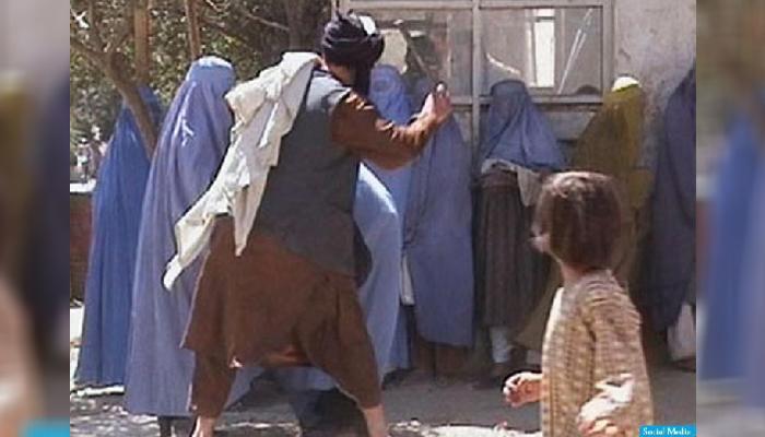 دوره طالبان یک خاطره بد برای مردم افغانستان است و جز دیکتاتوری، افراطگرایی و رفتارهای ایدیولوژیکی به یاد مردم نیست.