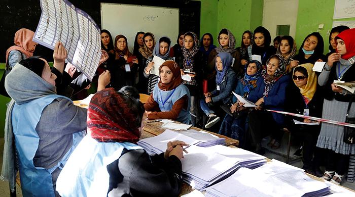 پس از دو دهه سقوط حکومت طالبان، در نظام فعلی دموکراسی و مردمسالاری یک اصل است.