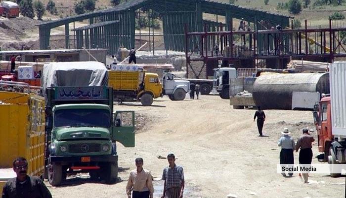 قاچاق کالا از ایران به افغانستان؛ بازارچههای مرزی غیرقانونی و دردسرهای وزارت مالیه