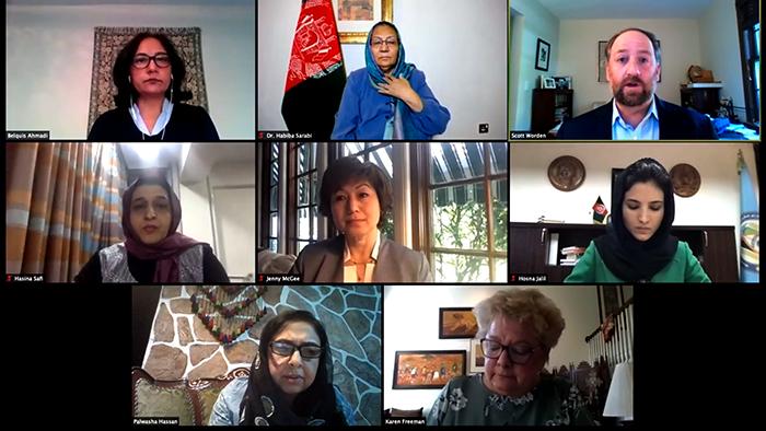 آیندهی صلح و نگرانی زنان؛ آیا امریکا در کنار زنان افغانستان خواهد ماند؟