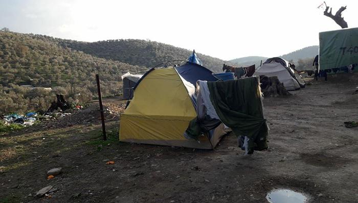 گوشهای از محل زندگی پناهجویان افغان در یونان/ عکس: محمد نعیم محمدی