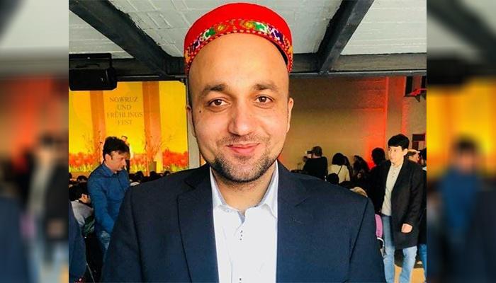 مقبول صدیقی، فعال حقوق پناهجویان در اروپا /عکس: ارسالی به اطلاعات روز