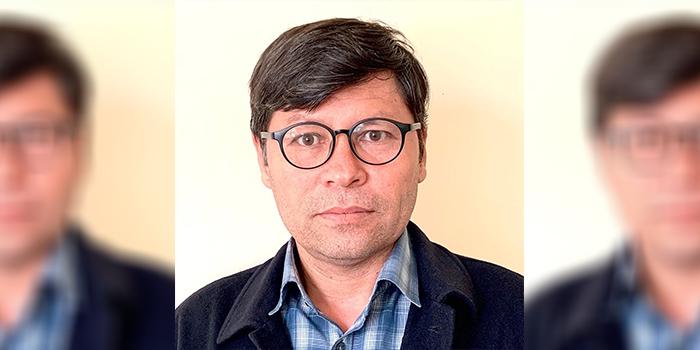 علی امیری، در کنار مطالعات اسلامی پژوهشهای تاریخی نیز داشته است.