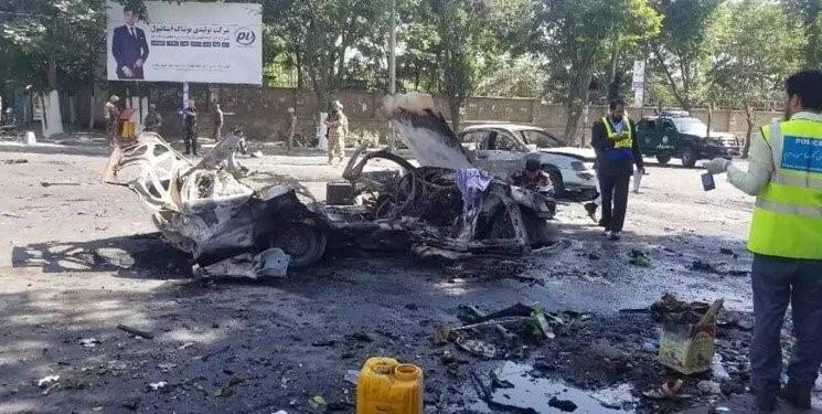 در انفجاری در مقابل دروازه دانشگاه کابل در روز برگزاری امتحان ستاژ قضایی، هشت تن کشته و 30 تن زخمی شدند که شماری از اشتراککنندگان امتحان نیز شامل قربانیان این رویداد بودند. عکس از شبکههای اجتماعی