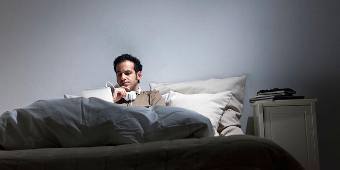 یک سال کار از رختخواب چه بلایی سر آدم میآورد؟