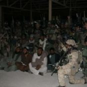 رهایی چهار غیرنظامی از زندان طالبان در هلمند