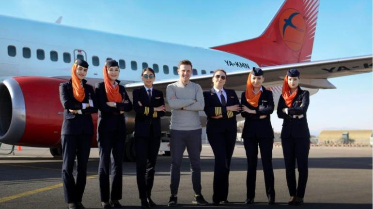 نخستین پرواز کامایر با خلبان زن