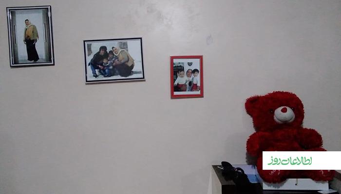 احسانالله، الیاس و یسنا حالا فقط در قابهای عکس روی دیوار میتوانند مادرشان را ببینند.