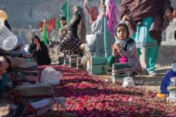 قتلعام هزارههای پاکستان؛ «ما هر ساله گورهای دستهجمعی حفر میکنیم»